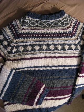 2009 sweater